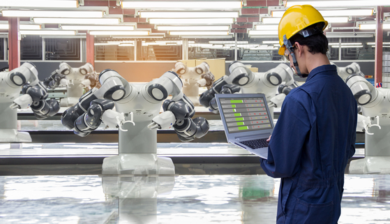 Industry 4.0 with robots