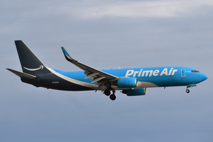 Amazon Expands Air Cargo Fleet with Purchase of 11 Jets