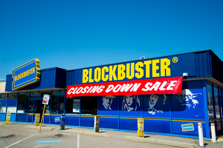 7 Companies That Failed to Adapt to Disruption and Paid the Ultimate Price