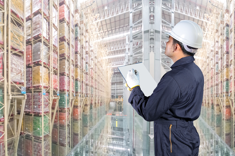 6 Energy Challenges of Smart Warehousing - And How to Overcome Them