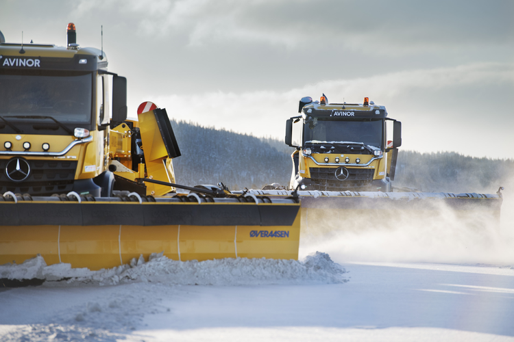 Yeti Snow Technology's autonomous snow plow clearing snow from an airport runway