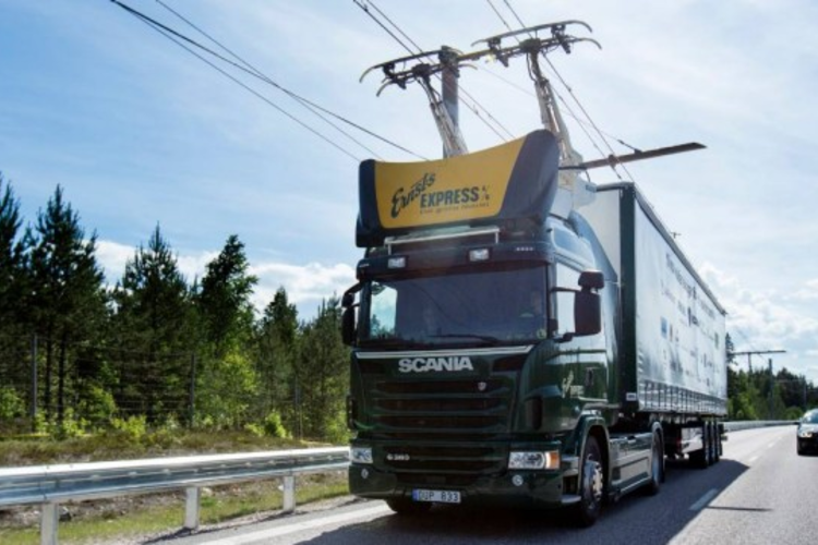Germany Opens First Section of eHighway