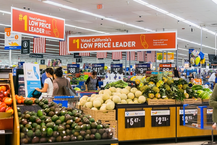 How Walmart Beat Amazon During the Supply Chain Crisis of COVID-19