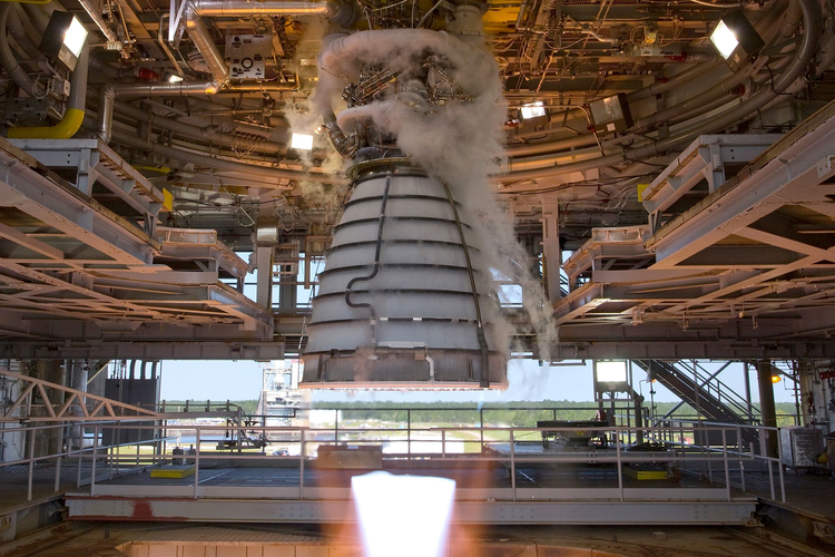 RS-25 flight engines on NASA Artemis project.
