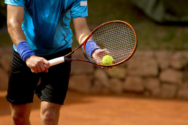 Piezoelectric Materials Enhance Tennis Players' Training Strategies