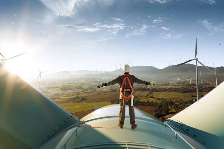 Demand Increases for Alternative Energy Professionals [Jobs of the Future Report, Part 2]