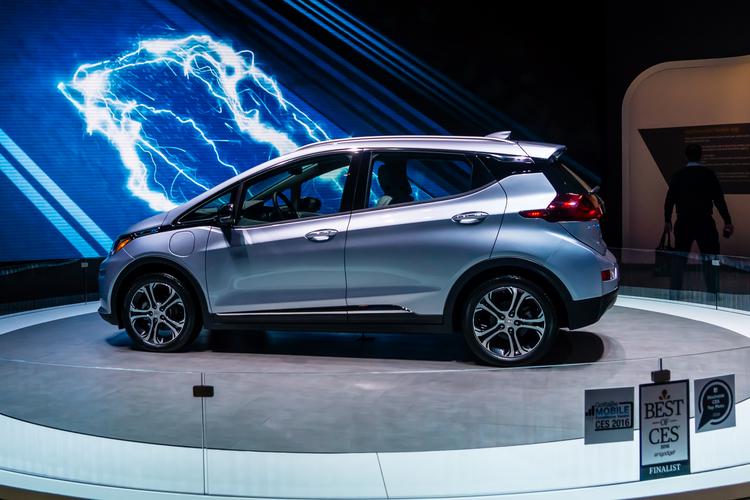 GM Raises EV Investment to $35 Billion, 2 New Battery Plants