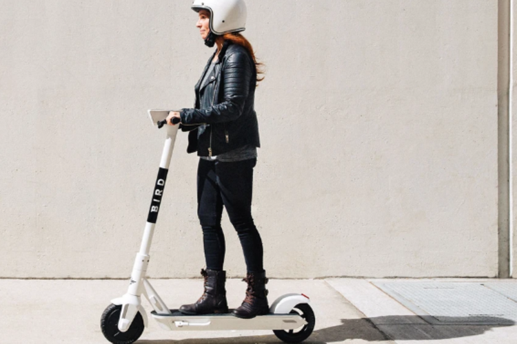 Dockless Electric Scooters Zip into Micromobility Industry