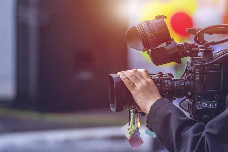 How Using Video Can Help You Win New Customers
