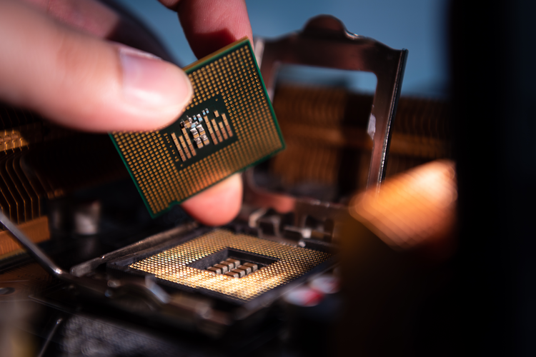 Texas Instruments to Buy $900 Million Micron Chip Factory