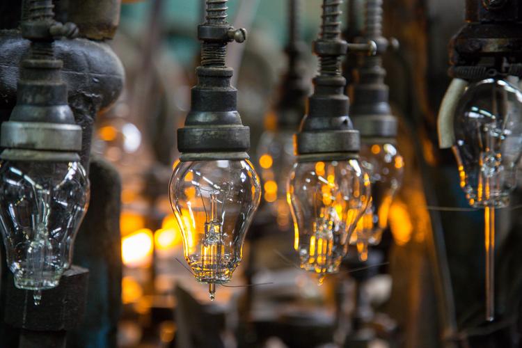 South Carolina Lighting Manufacturer Announces $10.7 Million Expansion, Adds 180 Jobs