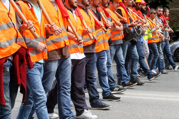 7 Ways to Prevent Strikes in Manufacturing and Industry
