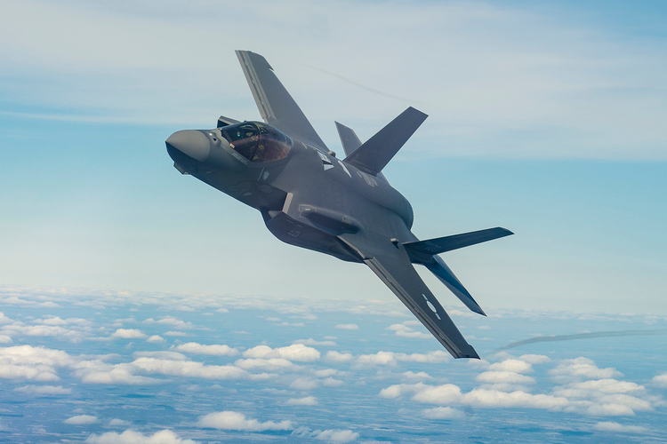Lockheed Martin Cuts Pentagon a Deal on F-35s