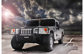 HUMMER Manufacturer Awarded $2.2B Contract