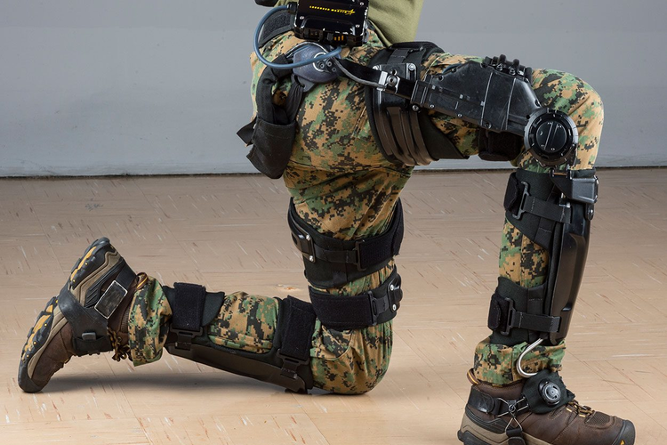 ONYX exoskeleton on U.S. Army soldier
