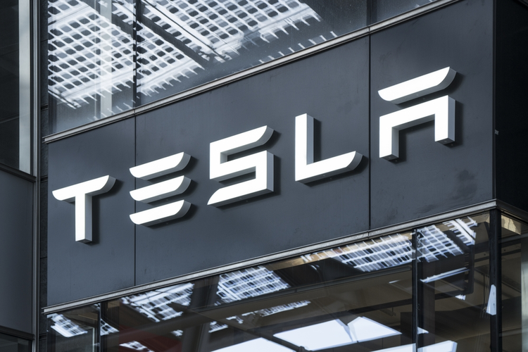 100,000+ Tesla Deposits Have Been Refunded