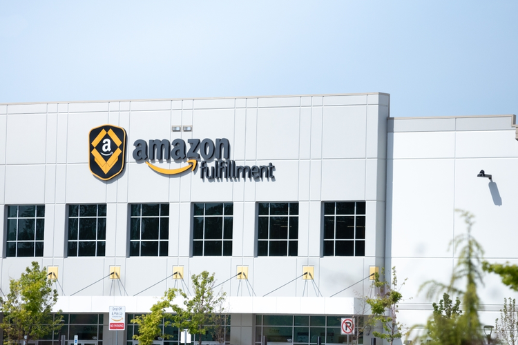 Behind the Scenes: Exploring Amazon's Logistics and Supply Chains